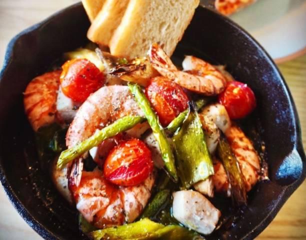 野菜と魚介のオーブン焼き