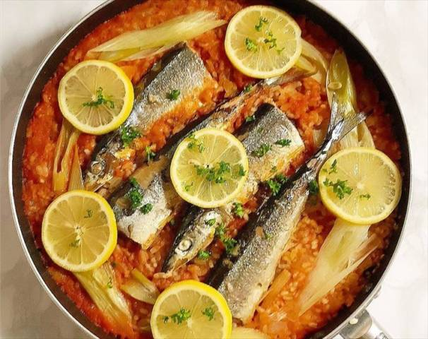 秋刀魚のトマトパエリア