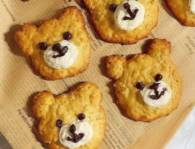 オートミールのくまちゃんクッキー