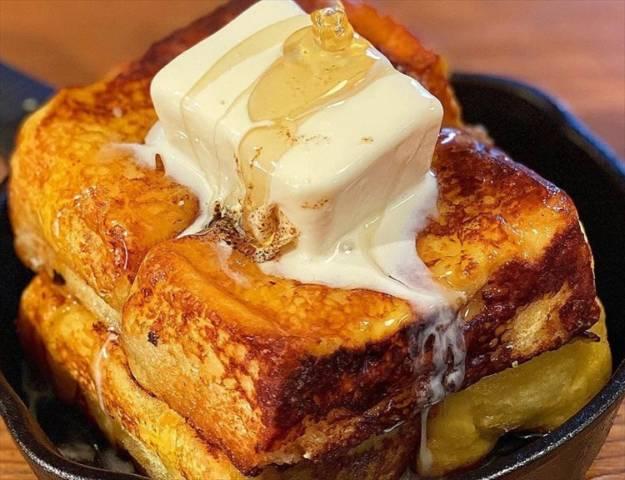 バニラアイスフレンチトースト