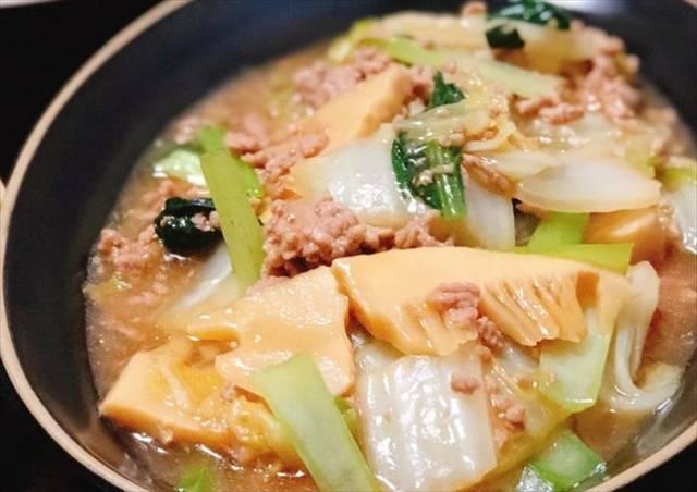 豚挽肉と野菜のうま煮