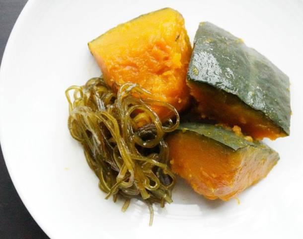 カボチャと刻み昆布の煮物
