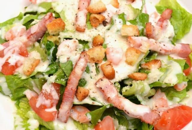 美味しい簡単時短の人気定番サラダおすすめレシピ12選!