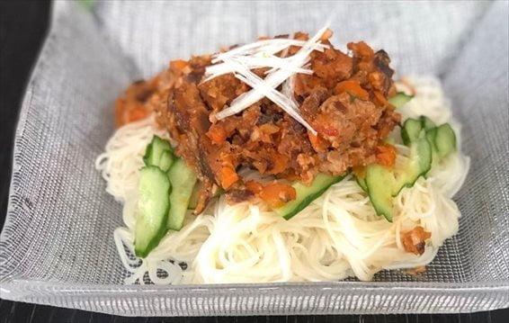 ヘルシージャージャー麺