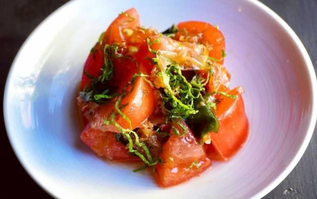 トマトの梅サラダ