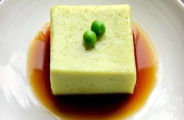 うすい豆の手練り豆腐