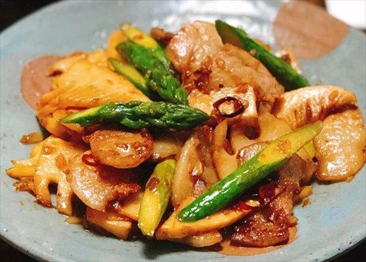 豚肉と季節野菜の中華風炒め